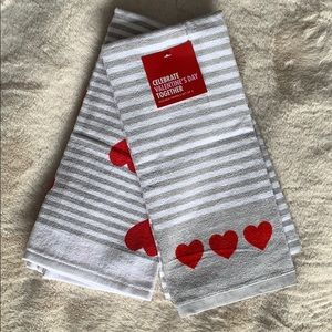 3/$15 NWT Valentine's Day Kitchen Towels